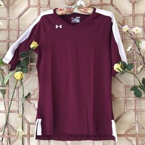 NWT Under Armour fitted t shirt